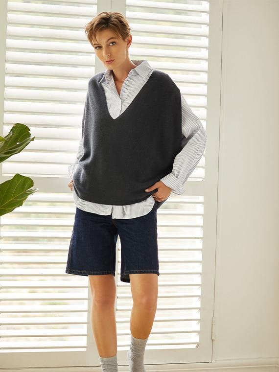 VIVAIA-Sustainable-Knitwear-GreyBlue