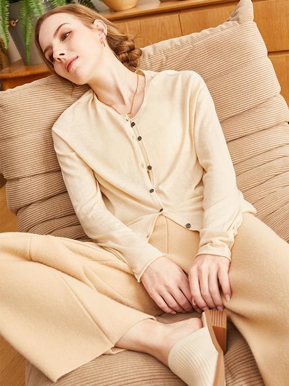 VIVAIA-Sustainable-Knitwear