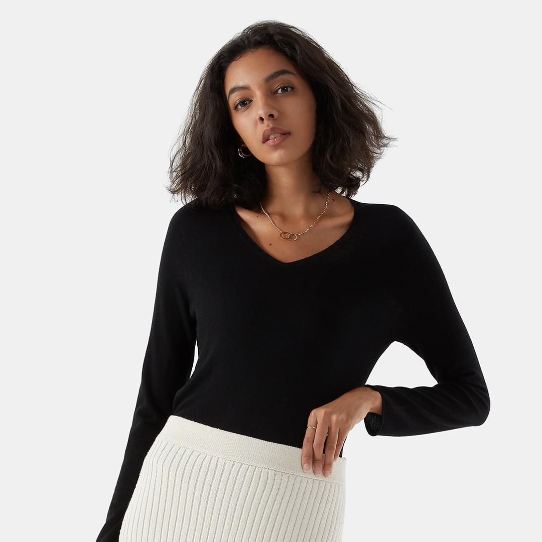 Cashmere V-neck Top-Solid Black - Solid Black L