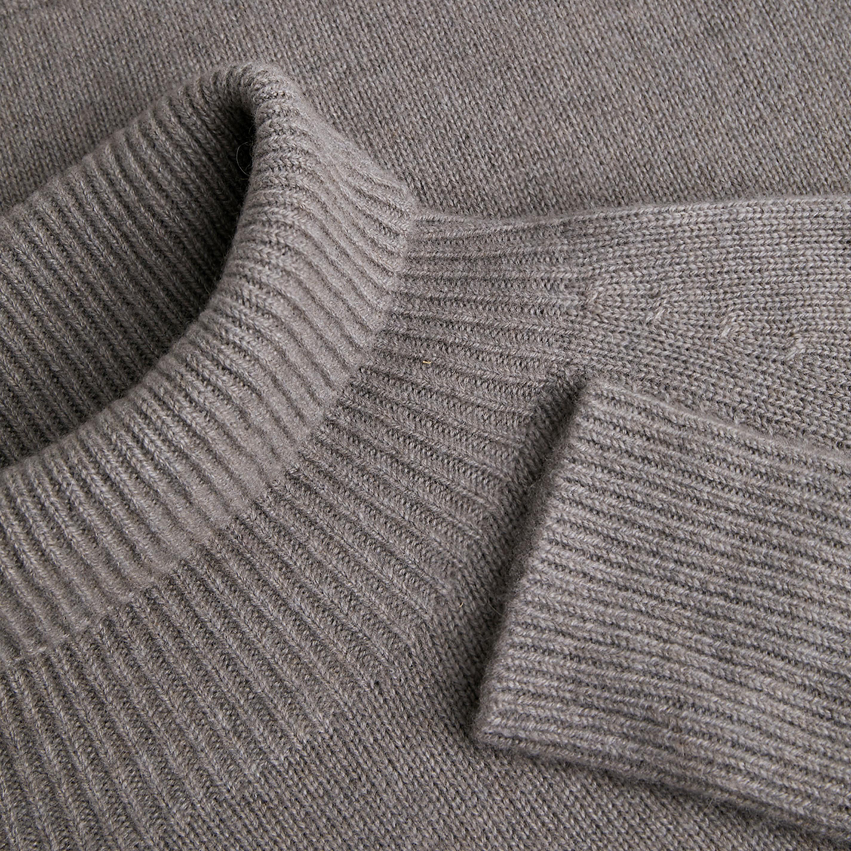 Cashmere Turtle Neck Sweater-Oat Grey - Oat Grey S