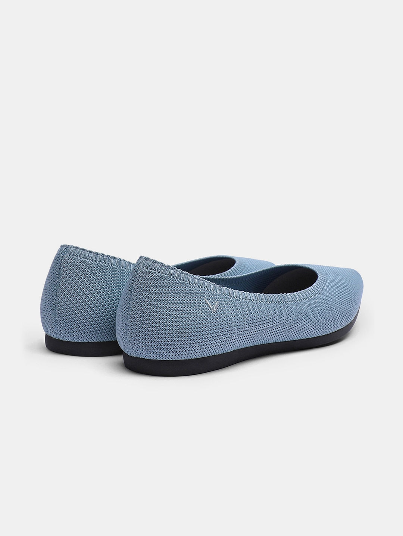 سموكي بلو - Smokey Blue EU35